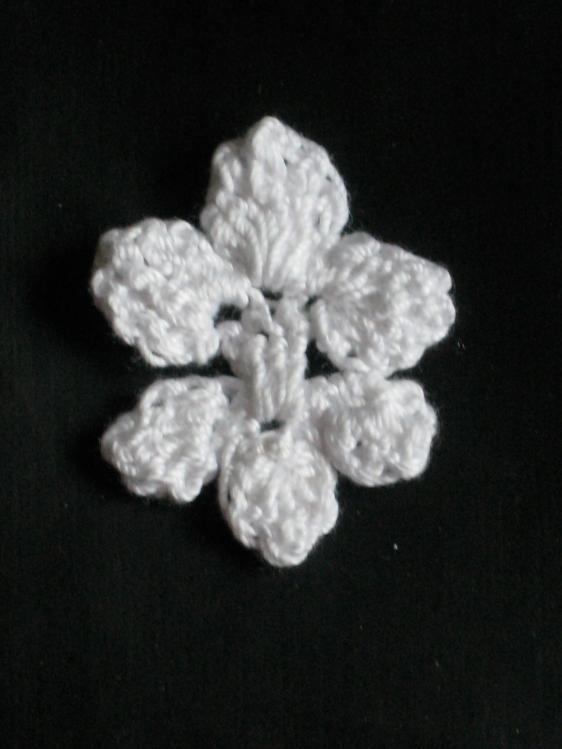 crochet fleur black
